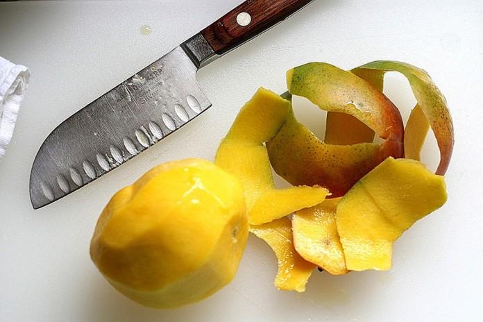 Okufemikusa mango peel